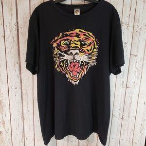 Ed Hardy black Tiger Rhinestone shortsleeve shirt